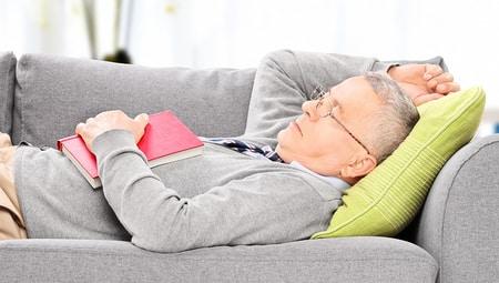 Article Image: quest-ce-que-le-sommeil-polyphasique-et-devriez-vous-lessayer