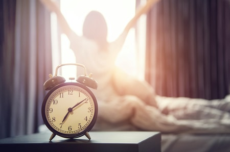 Article Image: finding-the-sweet-spot-how-many-hours-of-sleep-is-best